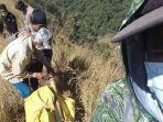 proses-evakuasi-jenazah-thoriq-rizki-maulidan-pendaki-yang-hilang-di-gunung-piramid-bondowoso.jpg