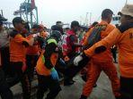proses-evakuasi-korban-pesawat-lion-air-jt-610_20181030_200325.jpg