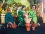 prosesi-pernikahan-adat-jawa-khas-kota-surakarta-di-pagelaran-wedding.jpg
