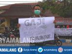 protes-huru-honorer-tulungagung_20180920_110848.jpg