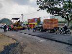 proyek-pengaspalan-jalan-di-kota-malang.jpg