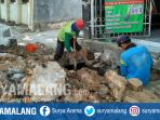proyek-trotoar-jalan-di-tuban_20181025_170320.jpg
