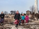pulau-kihnu-estonia-yang-didominasi-kaum-wanita_20171130_133836.jpg