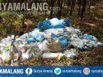 puluhan-karung-sak-limbah-ampas-diduga-milik-perusahaan-indolakto-pasuruan.jpg