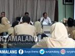 rakor-percepatan-pencairan-dana-pip-program-indonesia-pintar-antara-bri-dindik-kota-malang_20171016_185140.jpg