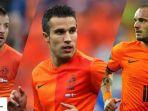 raphael-van-der-vaart-wesley-sneijder-robin-van-persie_20171122_114313.jpg