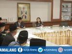 rektor-unisma-prof-dr-masykuri-msi-dalam-pertemuan-dengan-universitas-brunei-darussalam_20180318_153858.jpg