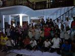 relawan-syukuran-pemilu-damai-di-surabaya.jpg