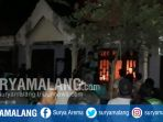 rumah-kakek-berusia-80-tahun-di-lamongan-terbakar_20180830_110834.jpg