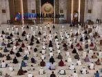 salat-idul-adha-masjid-al-akbar-surabaya.jpg