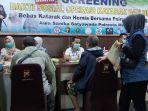 screening-peserta-baksos-yang-diselenggarakan-di-aula-sanika-satyawada-mapolresta-malang-kota.jpg