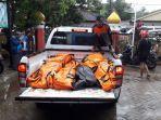 sebanyak-50-jenazah-korban-tsunami-pandeglang-dikumpulkan-di-puskesmas-carita.jpg