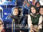 sejumlah-mahasiswa-feb-universitas-brawijaya-malang-mencoba-minibus-usai-kuliah.jpg
