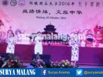 siswa-sma-lab-universitas-negeri-malang-um-menyajikan-lagu-rek-ayo-rek-dalam-bahasa-mandarin_20161002_163718.jpg