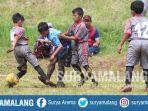sky-swans-indonesian-football-school-ssifs-menggelar-kompetisi-usia-dini-di-desa-sumberejo.jpg