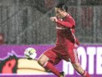 striker-almere-city-ezra-walian_20170916_123047.jpg
