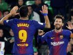 striker-fc-barcelona-lionel-messi-merayakan-golnya-bersama-luis-suarez_20180201_213056.jpg
