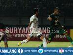 striker-persebaya-surabaya-david-da-silva-kanan-saat-melawan-bali-united_20180708_001358.jpg