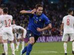 striker-timnas-italia-federico-chiesa-merayakan-gol-ke-gawang-timnas-spanyol.jpg