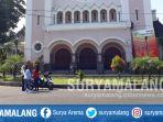 suasana-di-gereja-katedral-ijen-kota-malang-minggu-1352018_20180513_114934.jpg