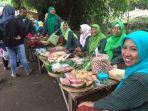 suasana-pasar-papringan-desa-wisata-jambu-kecamatan-kayen-kidul-kabupaten-kediri.jpg