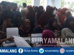suasana-pengurusan-pindah-pilih-a5-ol3h-mahasiswa-uin-maulana-malik-ibrahim-maliki.jpg
