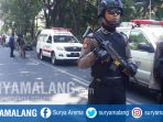 suasana-usai-ledakan-bom-di-sekitar-gki-di-jalan-diponegoro-surabaya_20180513_102605.jpg
