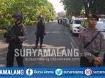 suasana-usai-ledakan-di-gereja-kristen-indonesia-di-jalan-diponegoro-surabaya_20180513_095349.jpg