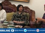 suciwati-istri-almarhum-pejuang-ham-munir-bin-said-thalib_20180814_222306.jpg