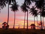 sunset-di-sunari-beach-desa-patikaria-bontosikuyu-kabupaten-kepulauan-selayar.jpg