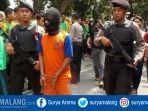 tembak-kaki-desa-karobelah-kecamatan-mojoagung-kabupaten-jombang_20171102_174619.jpg