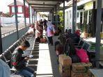 tempat-tunggu-penumpang-di-stasiun-blitar.jpg