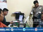 tersangka-pencurian-hewan-di-pasuruan-sedang-diperiksa-polisi_20180911_122652.jpg