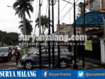 tiang-di-trotoar-jalan-dieng-kota-malang_20170402_082845.jpg
