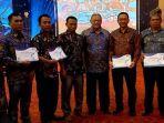 tiga-koperasi-petani-kelapa-sawit-petani-swadaya-menerima-sertifikat-ispo-di-malang.jpg