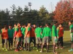 timnas-indonesia-u-19-melakukan-latihan-perdana-di-korea-selatan-minggu-29102017_20171029_204735.jpg