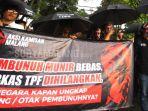 topeng-wajah-aktivis-ham-almarhum-munir-said-thalib_20180907_015328.jpg