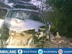 toyota-rush-kecelakaan-di-tuban_20181002_160309.jpg