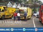 truk-angkutan-barang-saat-mengantri-di-balai-uji-kir-talangagung-kepanjen-malang_20180524_165212.jpg