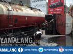 truk-migor-terguling-di-blitar_20181023_120615.jpg