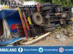 truk-terguling-di-jalur-poros-nasional-di-desa-sukoanyar-kecamatan-turi-lamongan.jpg
