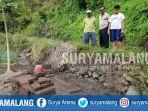 tumpukan-batu-bata-diduga-situs-purbakala-di-kecamatan-prigen-kabupaten-pasuruan_20180822_143217.jpg