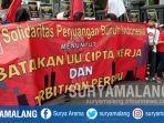 unjuk-rasa-buruh-dan-mahasiswa-di-depan-gedung-dprd-dan-balai-kota-malang-kamis-8102020.jpg
