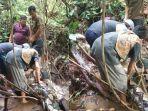 video-viral-ular-piton-menyerang-warga-padang-pariaman-sumatera-barat.jpg