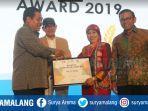 wali-kota-malang-raih-enterpreneur-award-2019-kategori-pendidikan.jpg