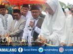 wali-kota-malang-sutiaji-saat-membuka-bazar-wisata-halal-di-sekitar-balai-kota-malang_20181022_143628.jpg