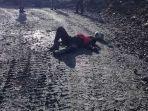 warga-tergelatak-dengan-luka-tembak-di-jalan-tambang-mile-617-area-pt-freeport-indonesia.jpg