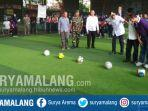 wawali-kota-malang-sofyan-edi-jarwoko-futsal-antar-smpmts-malang-raya-di-champions-futsal.jpg
