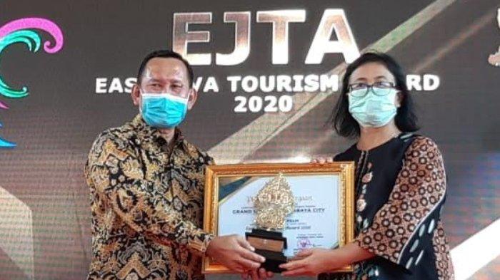 Grand Mercure Surabaya City Jadi Hotel Terbaik Se-Jatim dalam East Java Tourism Award