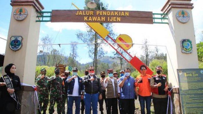 Taman Wisata Alam Kawah Ijen Resmi Dibuka Tiket Dibeli Sacara Online